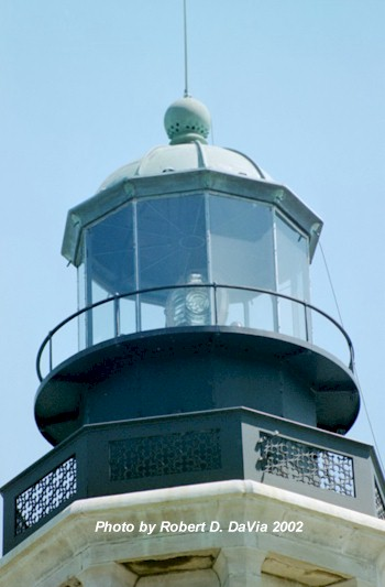 Close up of the Fourth-Order Fresnel Bi-Valve or 'Clamshell' Lens