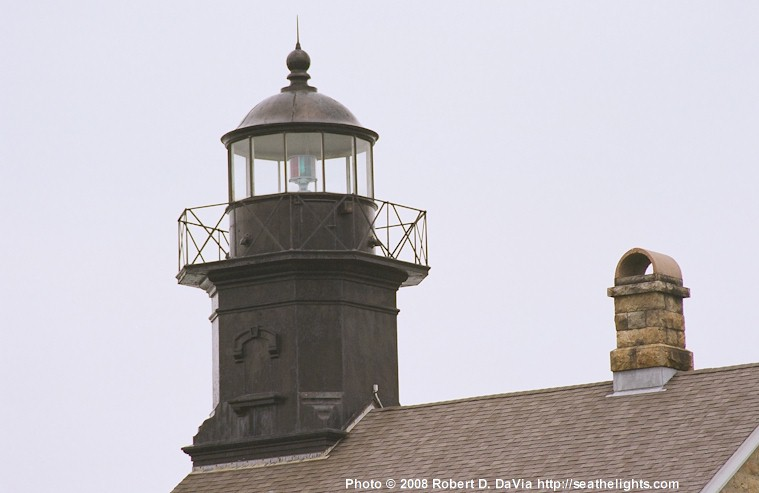 Old Field Lighthouse http://www.seathelights.com