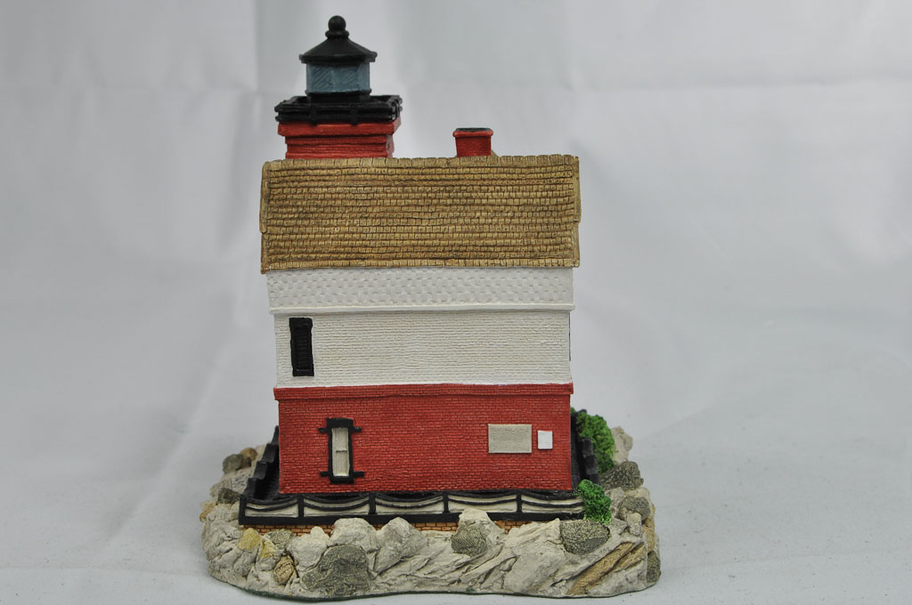 Round Island, MI HL153 7450/9500 1995 Harbour Lights® - Click Image to Close